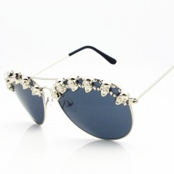 Steampunk sunglasses with decorative metal skulls