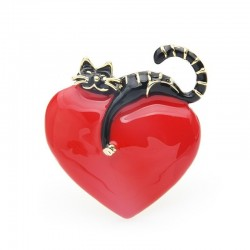 Heart with lazy cat - enamel brooch