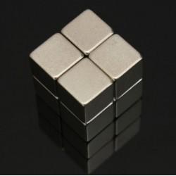 N52 Neodymium Magnet Strong Block 10 * 10 * 10mm 8pcs