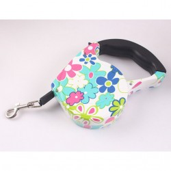 Dog's automatic retractable leash harness