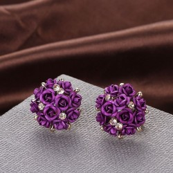 Rose bouquet round stud earrings
