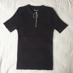 Casual short sleeve top with zipper - t-shirt